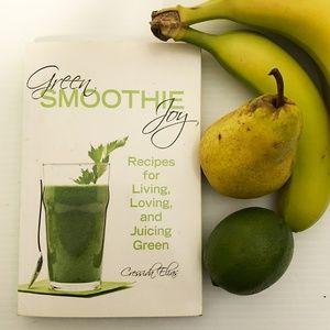 Other - Cressida Elia: Green Smoothie Joy recipe book